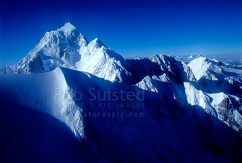 Looking south to Mount (Mt) Cook/Aoraki (3754m), from the main divide. Westland/Mount (Mt) Cook National Parks, South Westland, Westland District, West Coast Region, New Zealand (NZ) stock photo.