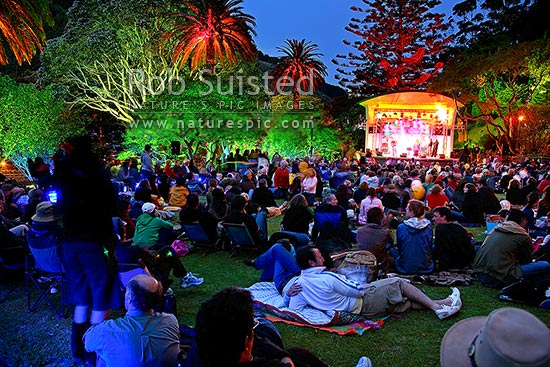 ASB Gardens Magic Concert Series free evening of music in the park at the Wellington Botanical Gardens, and gardens light show, Wellington, Wellington City District, Wellington Region, New Zealand (NZ) stock photo.