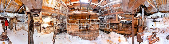 Interior of Australian Sir Douglas Mawson's Hut main room (1912-1914). Main door left, Frank Hurley's bunk, darkroom and stove at right. Cape Denison. 360 degree panorama, Commonwealth Bay, Antarctica stock photo.
